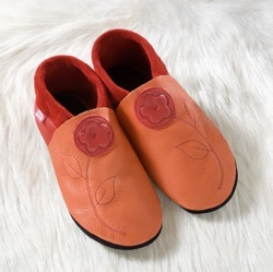 Chaussons en cuir souples, chaussettes, guêtres, jambières Chausson Pololo JASMINE orange-rouge (28 à 45)