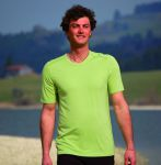 T-Shirt col V en bambou manches courtes - vert bambou