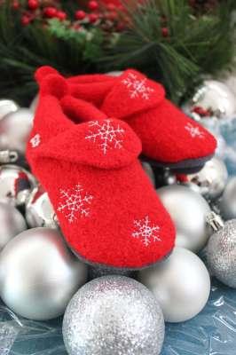 Chaussons et Chaussures Chaussons POLOLO NOEL 2018 en laine Rouge/Flocons blanc (20/21-28/29)