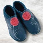 POLOLO SOFT - Chaussons souples en cuir naturel de tannage végétal pour Adultes (36 à 45)/Chausson Pololo JASMINE bleu