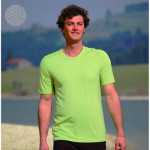 Racine/T-Shirt col V en bambou manches courtes – VERT