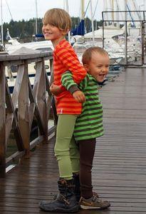 Pantalons et pantacourts MANYMONTHS –ECO KID T-Shirt manches longues en coton bio